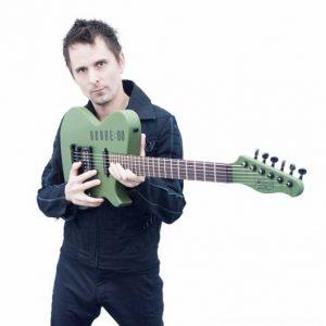 Matthwe Bellamy présente la Manson DR-1